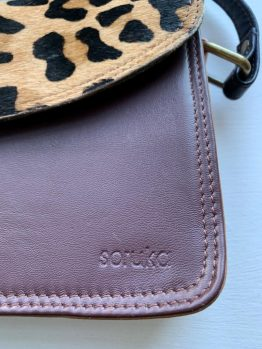 Soruka Small Crossbody Leather Bag